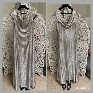 ⭐️TAHARI Arthur S. Levine Silver draped Gown ⭐️